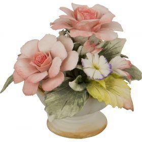 Декоративная корзина с цветами розы 13*13*12 см.