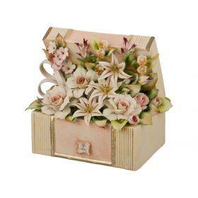 Декоративная шкатулка с цветами 21*14*22 см.